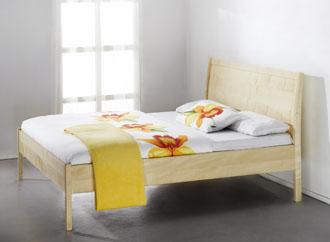 ahorn bett perfect bett in ahorn mit schlichtem design und schubksten im bettkasten die led. Black Bedroom Furniture Sets. Home Design Ideas